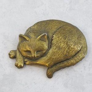 JJ JONETTE Curled Up Sleeping Cat Pin Brooch